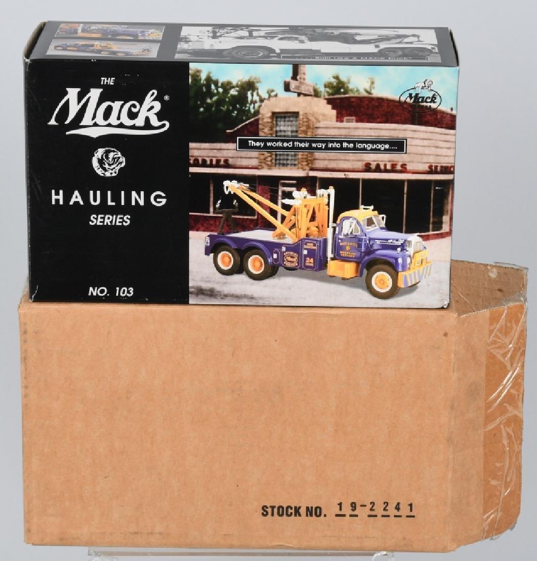 FIRST GEAR 1960 MACK B61 TOW TRUCK w/ BOX