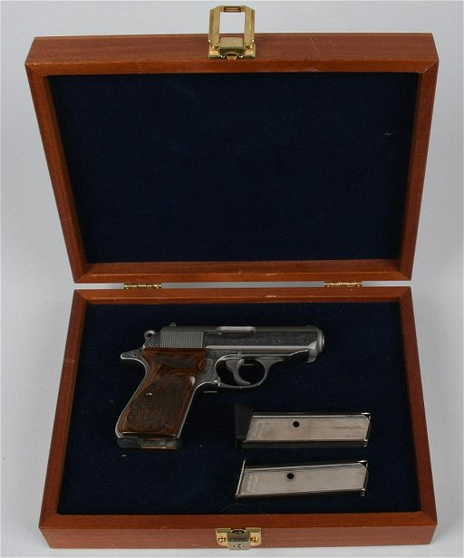 WALTHER PPK/S-1 ENGRAVED IN CASE  380 PISTOL