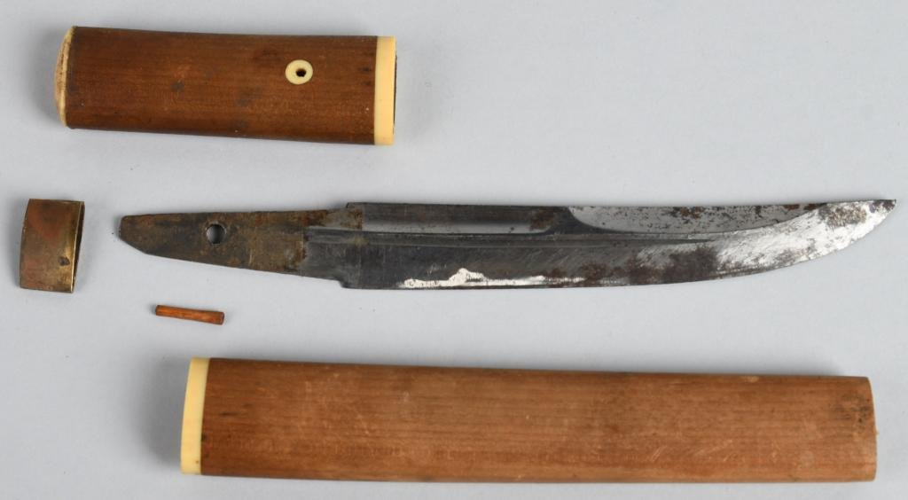 JAPANESE TANTO DAGGER WITH SIGNED TANG