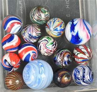 LOT OF CONTEMPORARY ARTIST MARBLES
