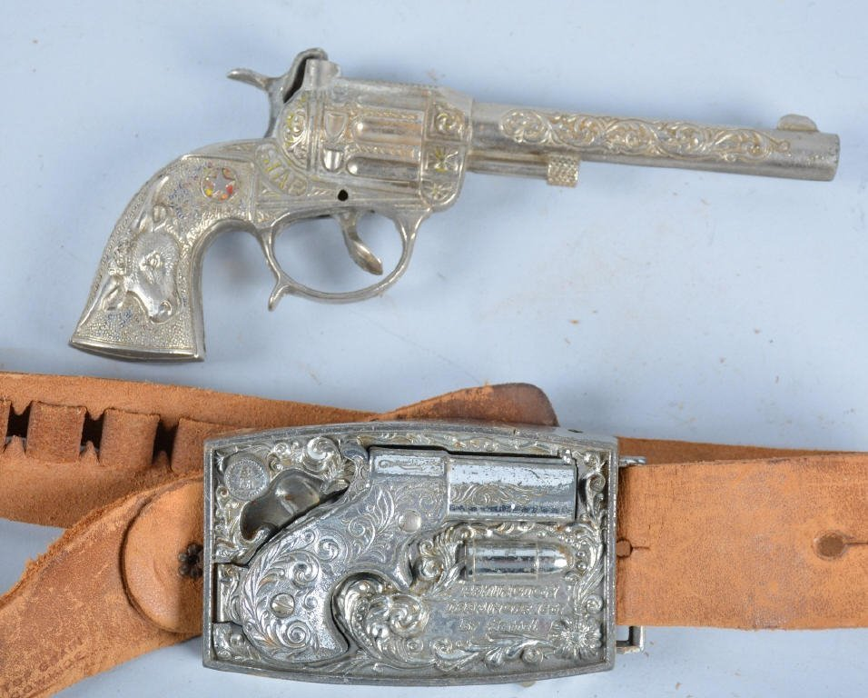 MATTEL 1867 DERRINGER BELT BUCKLE HOLSTER SET - 2