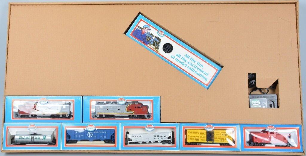 MODEL POWER DOUBLE DIESEL TRAIN SET w/BOX - 2