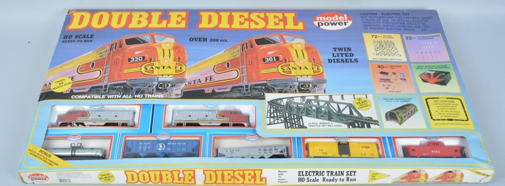MODEL POWER DOUBLE DIESEL TRAIN SET w/BOX - 5