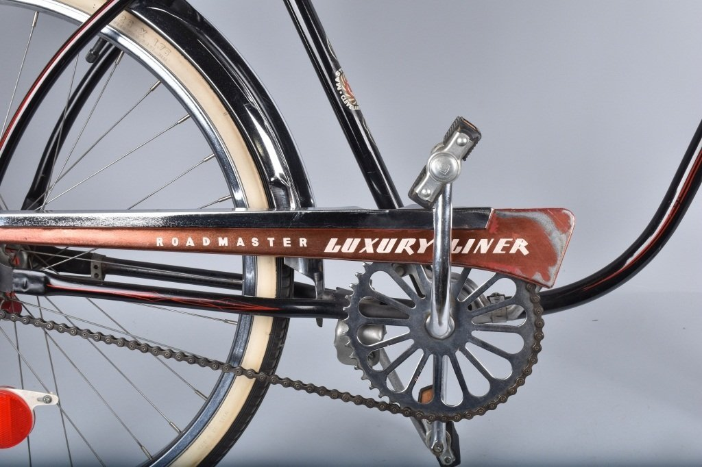 1950s AMF ROADMASTER LUXURY LINER BICYCLE - 3