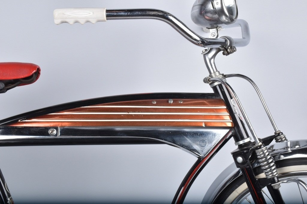 1950s AMF ROADMASTER LUXURY LINER BICYCLE - 4