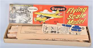 COMET FLYING SCALE MODEL AIRPLANE w BOX