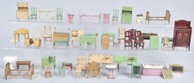 Large Lot Of Tootsietoy Doll House Furniture