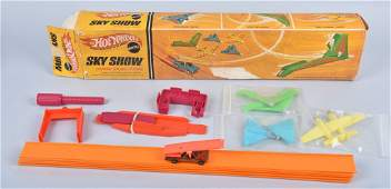 BOXED HOT WHEELS SKY SHOW SET ORIGINAL COMPLETE