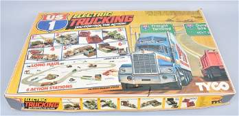 2 TYCO US ELECTRIC TRUCKING LONG HAUL SET COMPLETE
