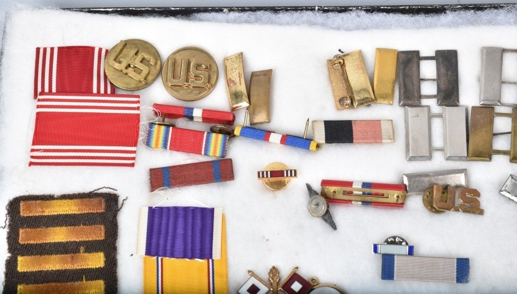 LARGE LOT OF US MILITARY MEDALS, PATCHES and MORE - 2