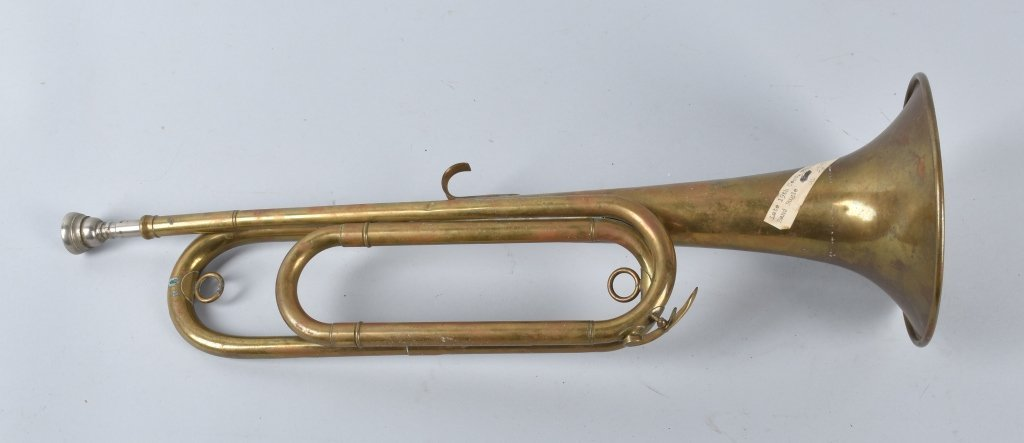 18TH CENTURY BRASS MILITARY BUGLE - 2
