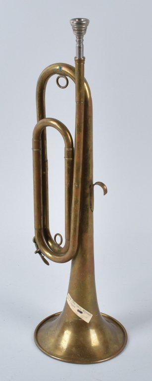 18TH CENTURY BRASS MILITARY BUGLE - 3