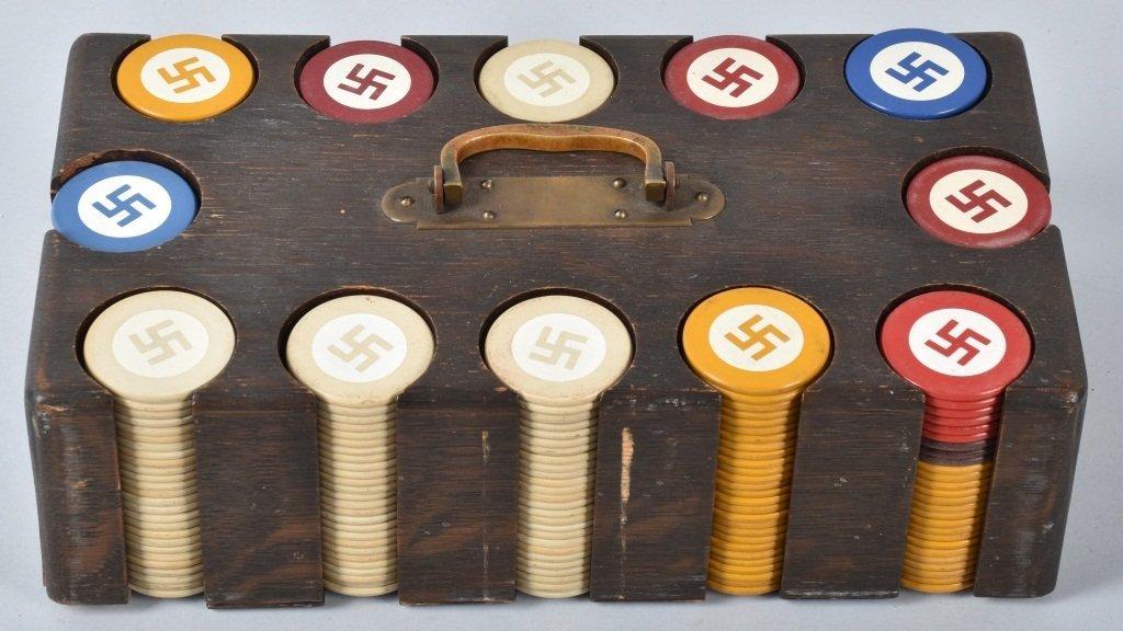 NAZI GERMAN POKER CHIPS IN WOOD BOX - 3