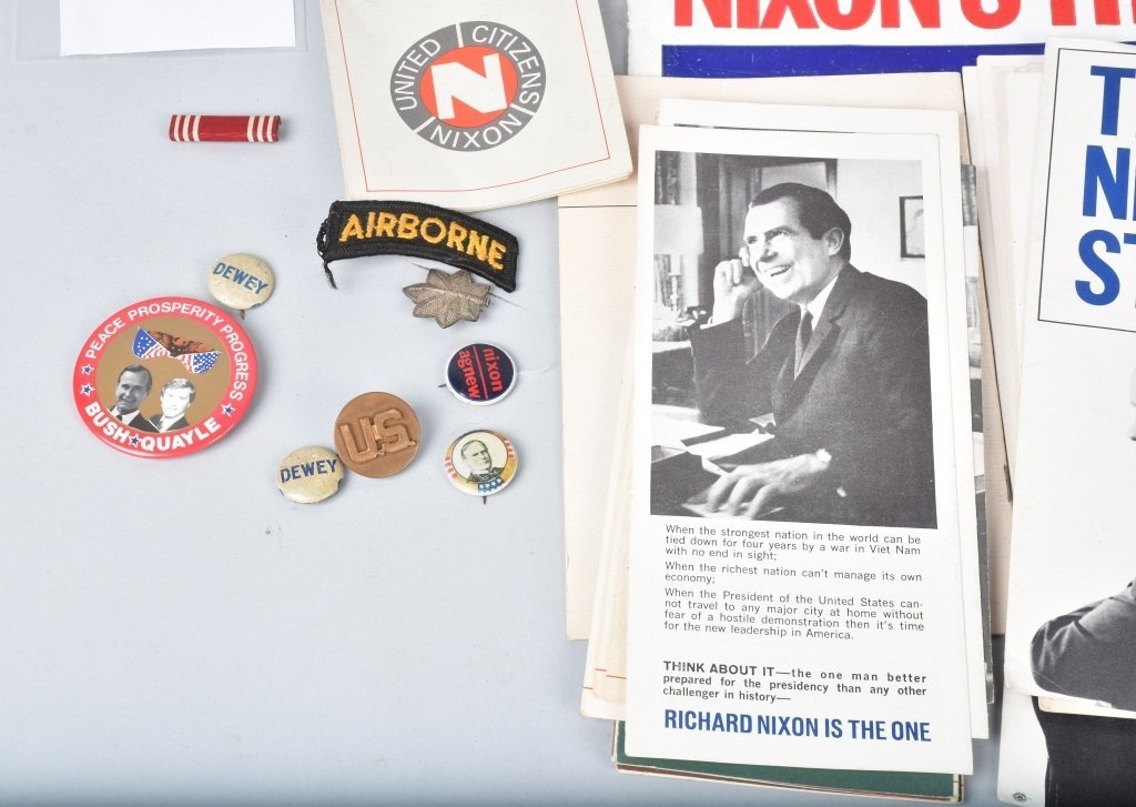 LARGE LOT OF NIXON BUTTONS, PAPERS, & MORE - 3