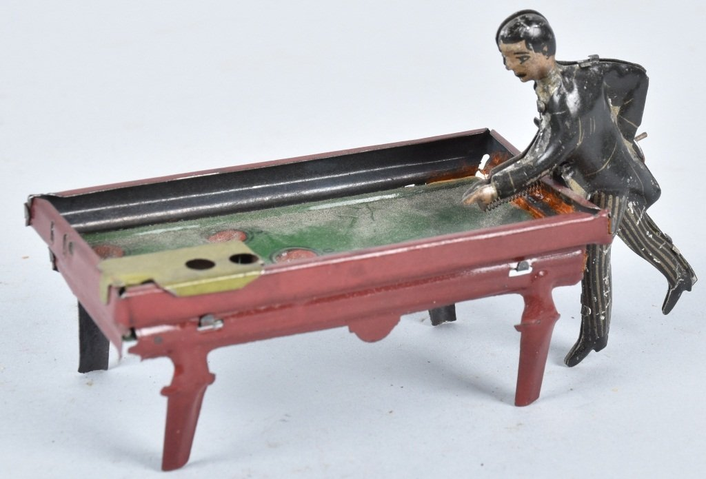 GERMAN PENNY TOY POOL PLAYER