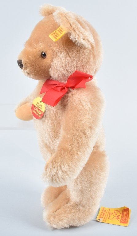 STEIFF BEARS GROUP OF 3 - 9