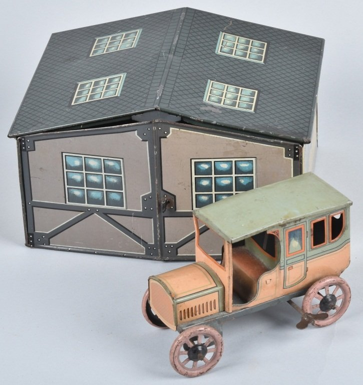 BING GARGE w/ Tin Windup CAR