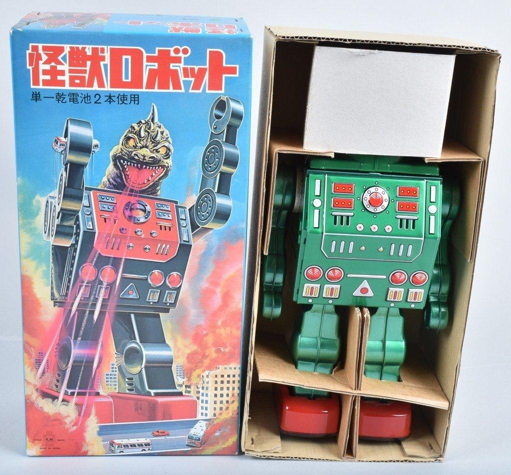 RM JAPAN Battery Op DINO CHANGE ROBOT w/ BOX