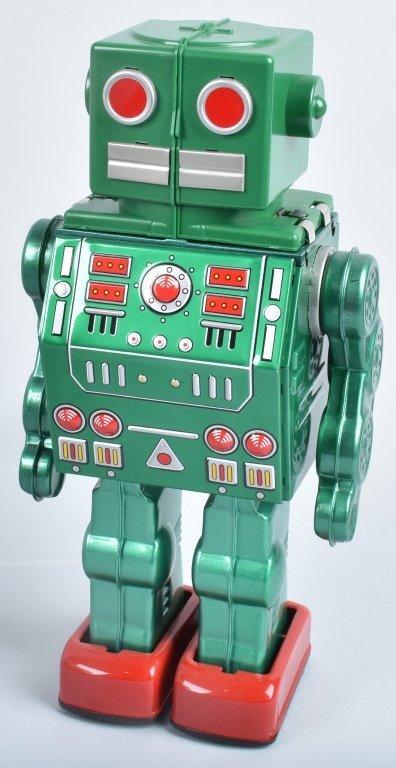 RM JAPAN Battery Op DINO CHANGE ROBOT w/ BOX - 2
