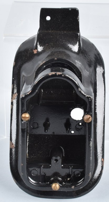 HARLEY DAVIDSON 1947-54 GUIDE TAIL LIGHT
