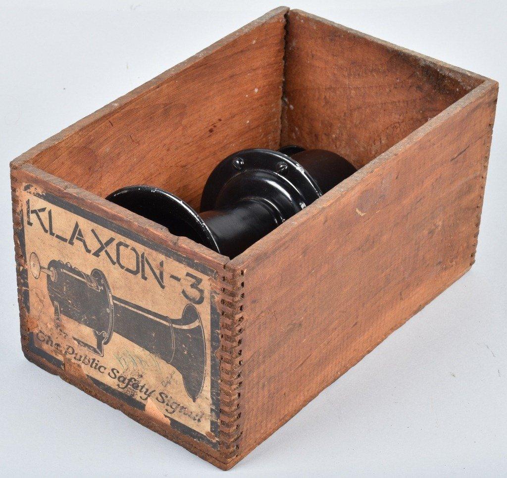 STEWART KLAXON STYLE HORN , BOXED - 5