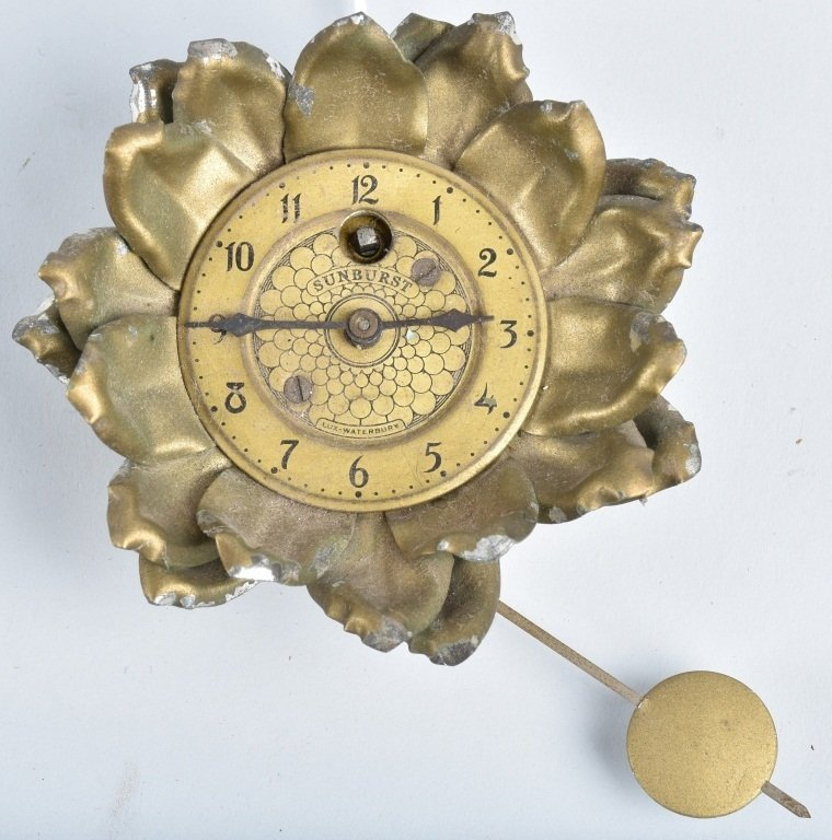 LUX SUNBURST FLOWER NOVELTY CLOCK