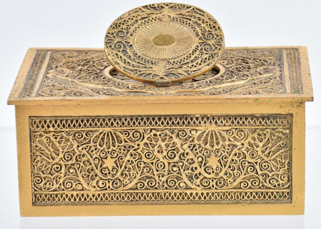 GERMAN WINDUP MUSICAL BIRD BOX - 5
