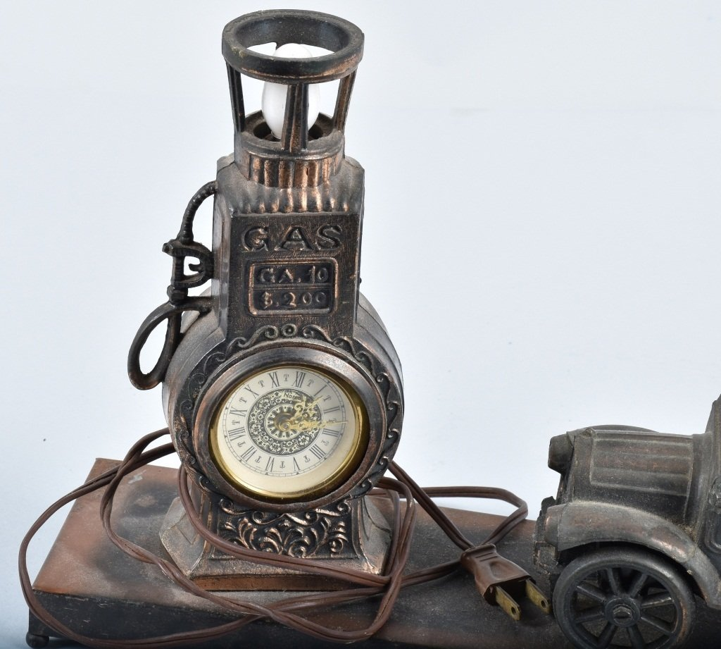 FIGURAL EARLY AUTO and GAS PUMP CLOCK / LAMP - 3