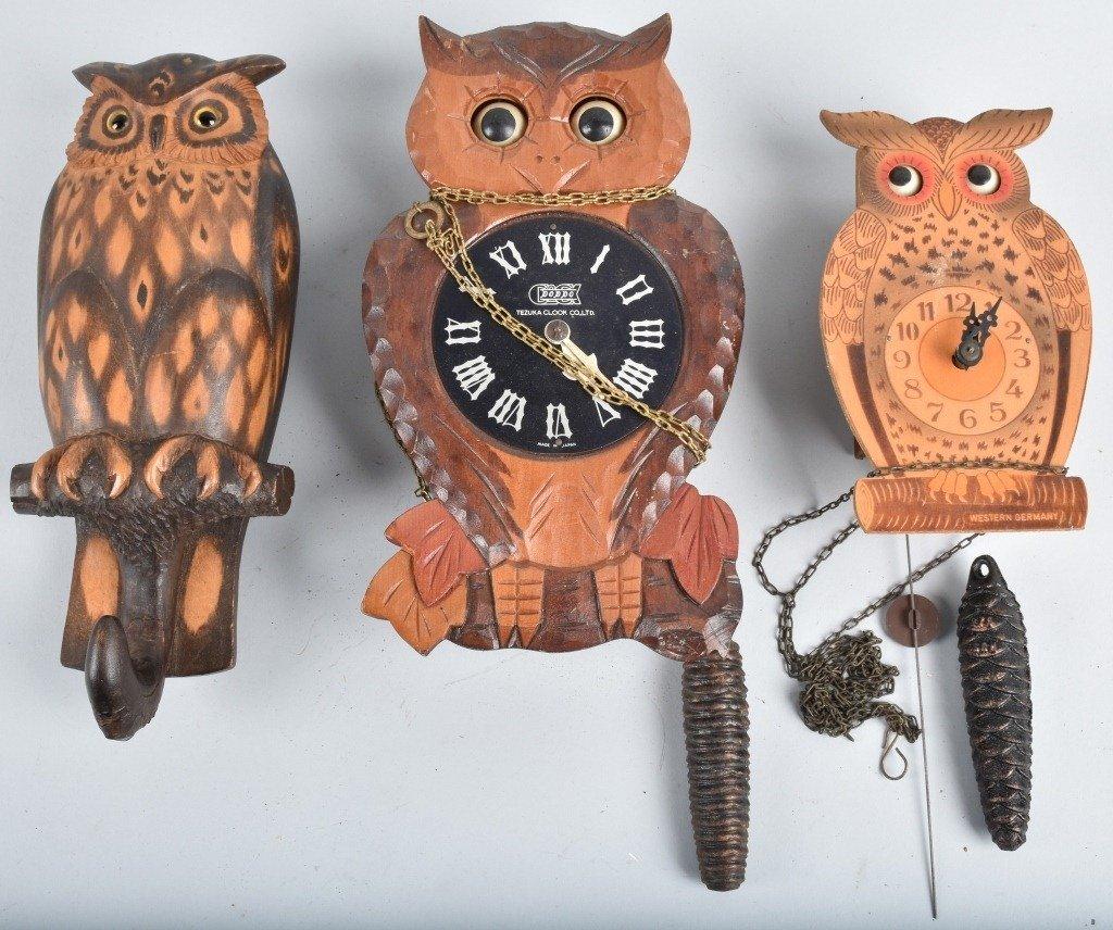 2-BLINKING EYE OWL NOVELTY CLOCKS and MORE