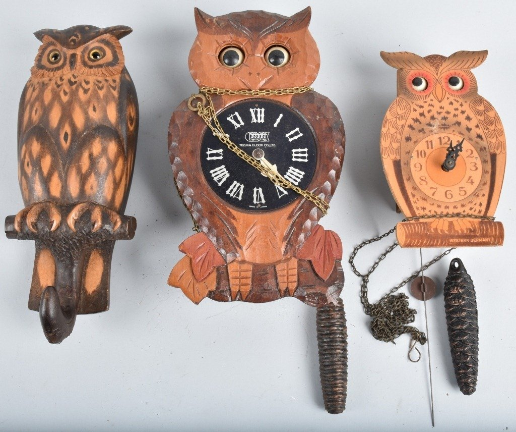 2-BLINKING EYE OWL NOVELTY CLOCKS and MORE