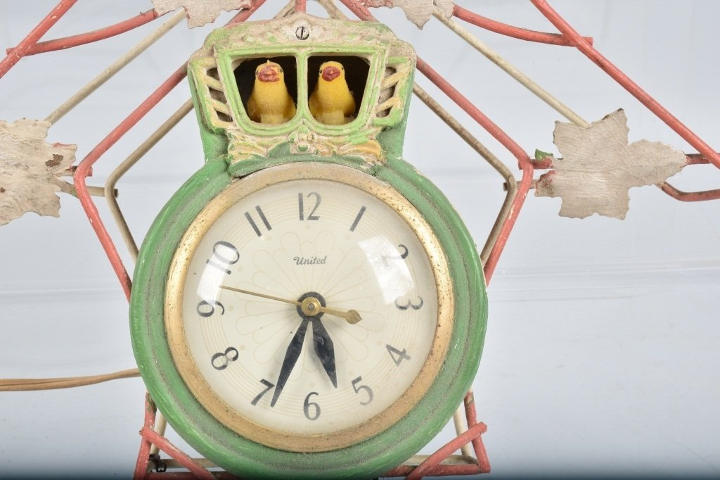 3- ANIMATED ELECTRIC CLOCKS, VINTAGE - 6