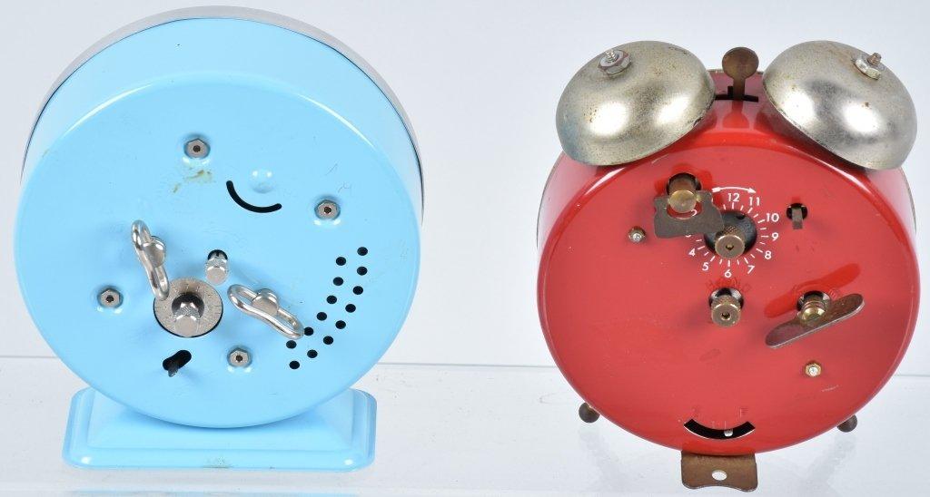 2-CHARACTER ALARM CLOCKS, SYLVESTER & DIG EM - 4