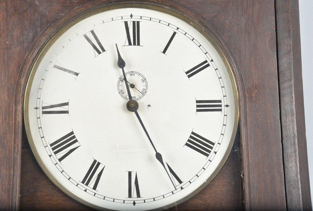 LARGE OAK ELECTRO CLOCK CO. WALL CLOCK - 2