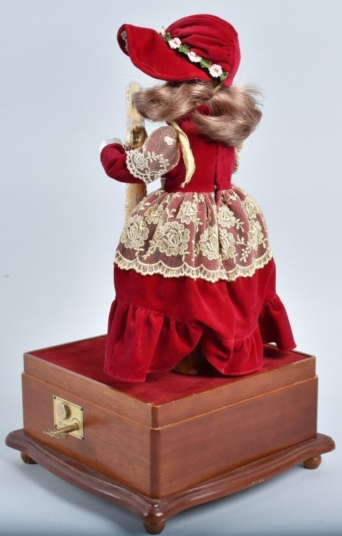 SYLVAINE BISQUE AUTOMATON with HARP - 5