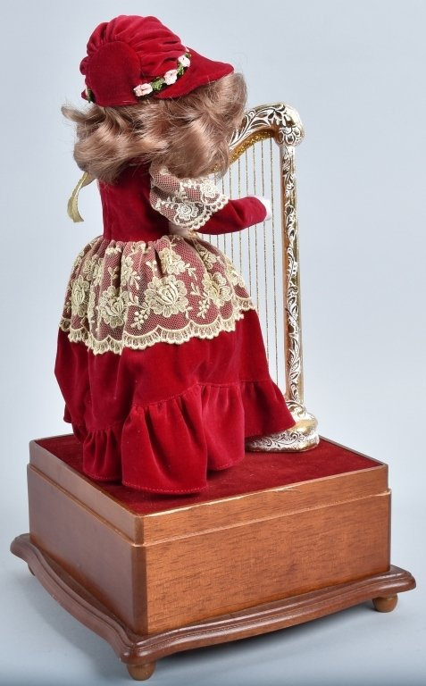 SYLVAINE BISQUE AUTOMATON with HARP - 6