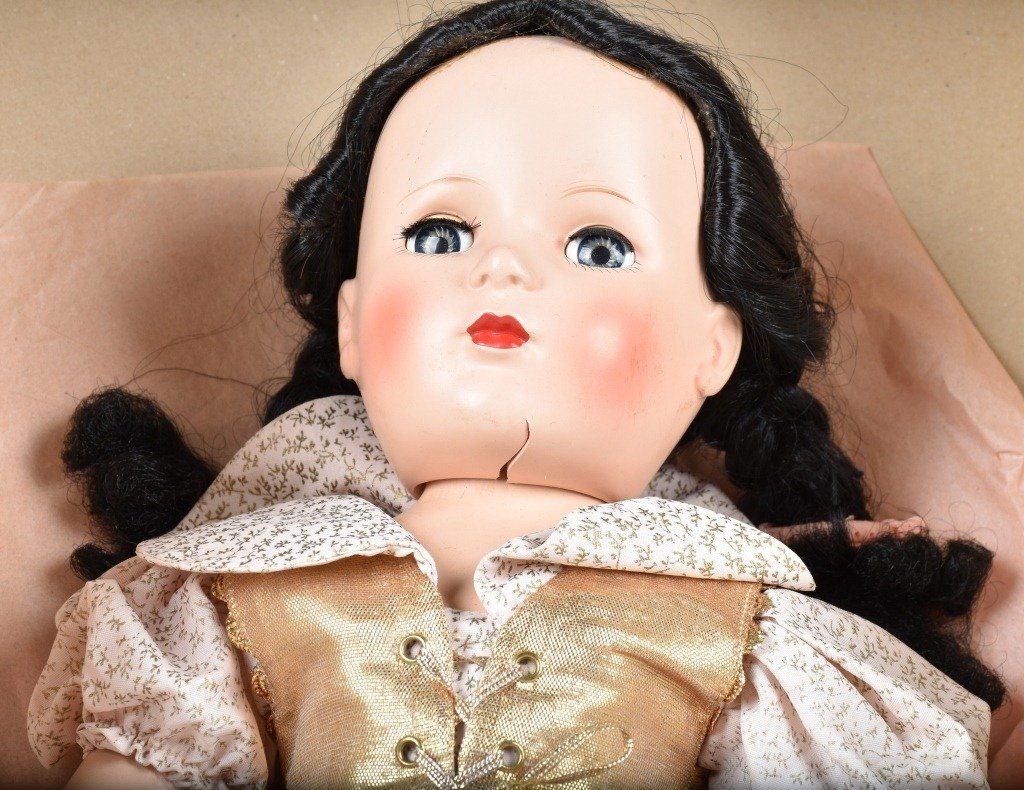 MADAME ALEXANDER SNOW WHITE DOLL, BOXED, VINTAGE - 2