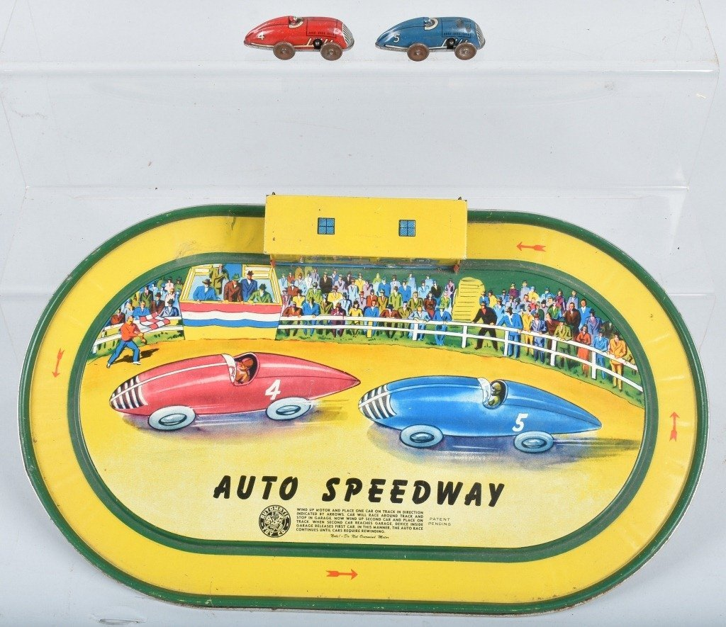 AUTOMATIC TOY AUTO SPEEDWAY w/ 2 CARS