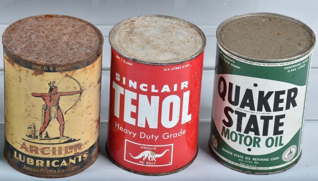 Lot of  VINTAGE OIL CANS - 4