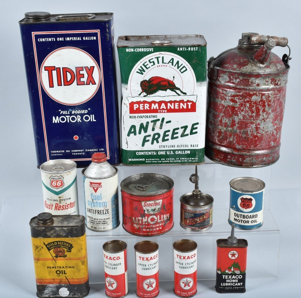 Lot of VINTAGE GAS COMPANY OIL & MORE CANS