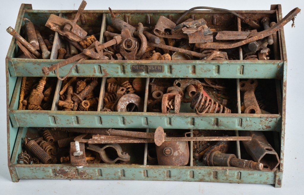 LARGE LOT OF EARLY MOTORCYCLE PARTS