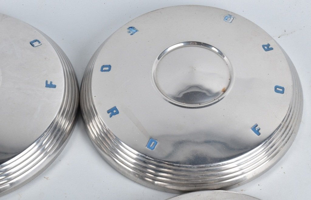 4-VINTAGE MATCHING FORD HUBCAPS - 2