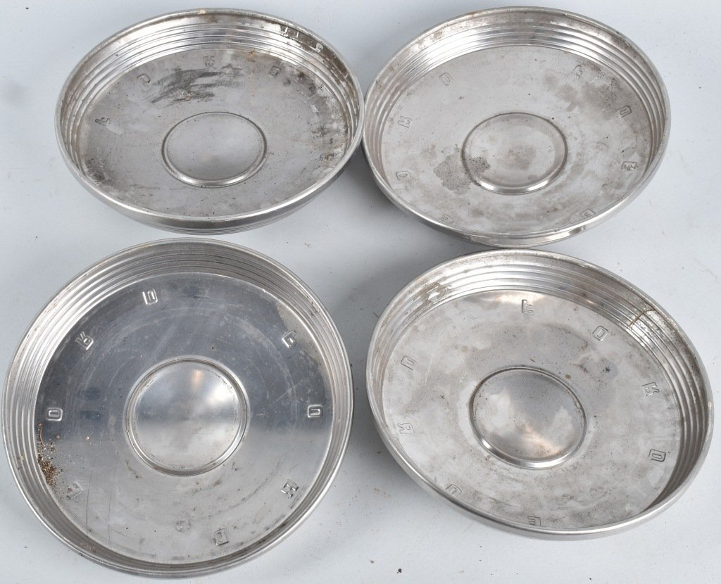 4-VINTAGE MATCHING FORD HUBCAPS - 3