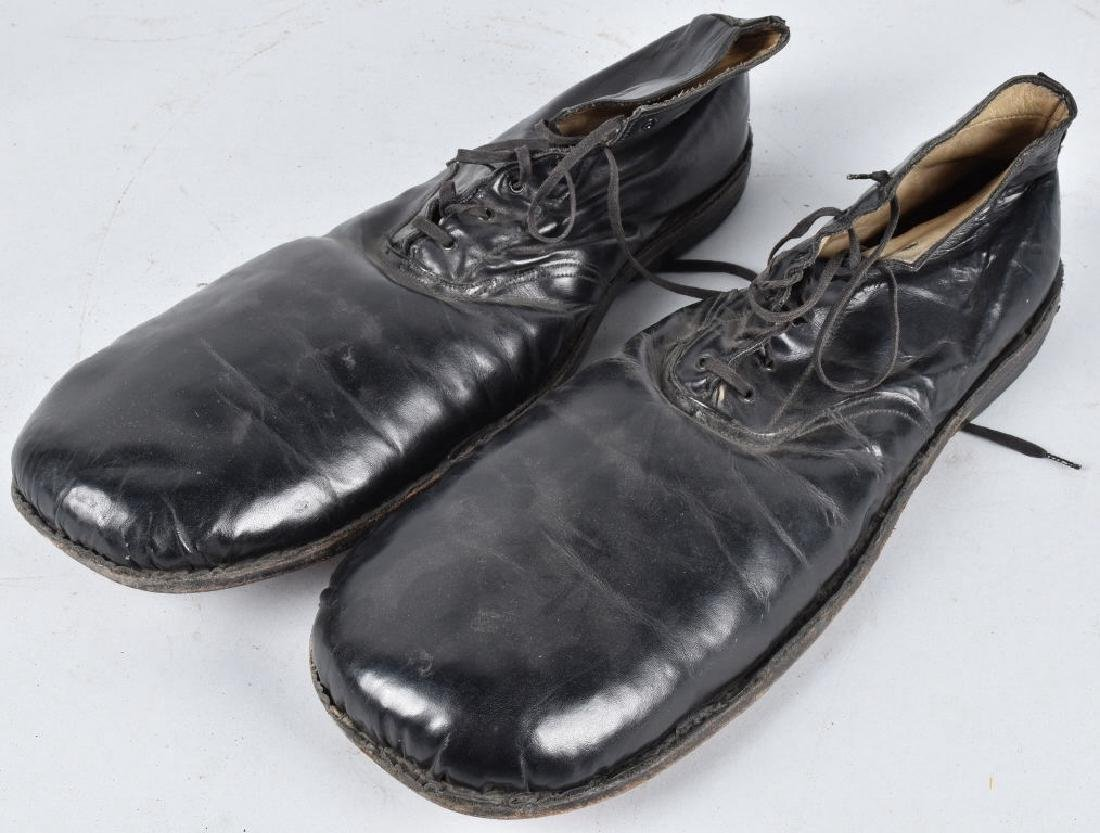 """Early CATS PAWS LEATHER """"CLOWN SHOES"""" for RUFFLES"""