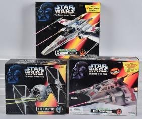 3- STAR WARS POWER OF THE FORCE VEHICLES MIB