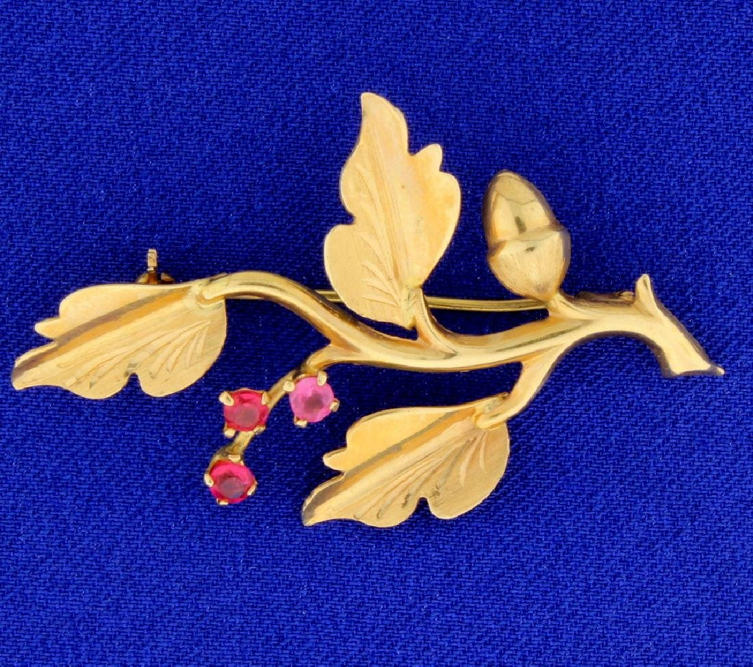 18K Leaf & Acorn Pin