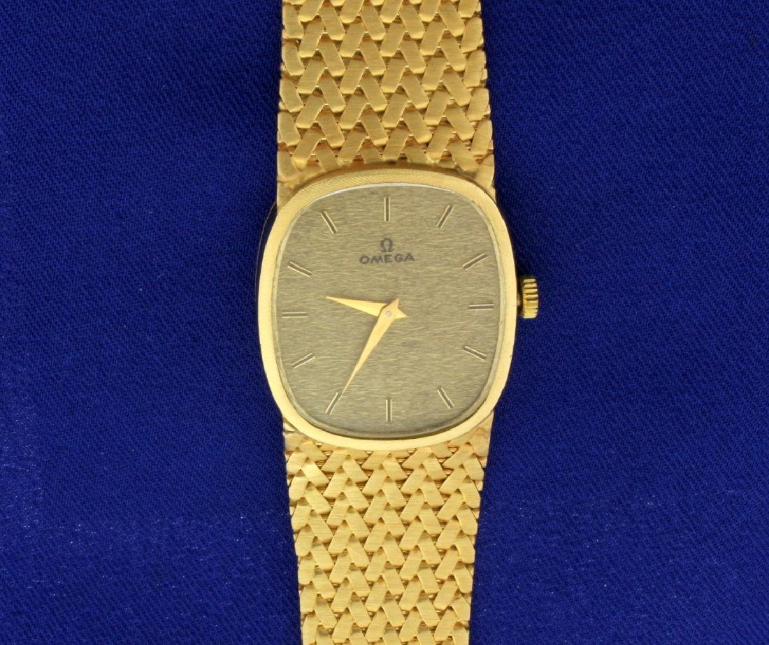 Vintage Men's or Woman's Omega Watch in 14k Sold Gold