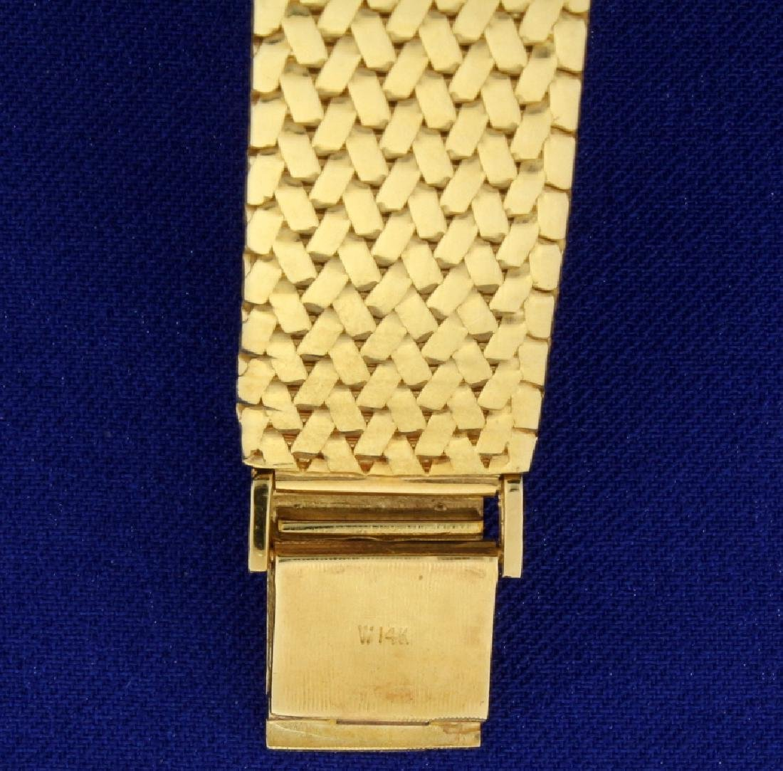 Vintage Men's or Woman's Omega Watch in 14k Sold Gold - 5