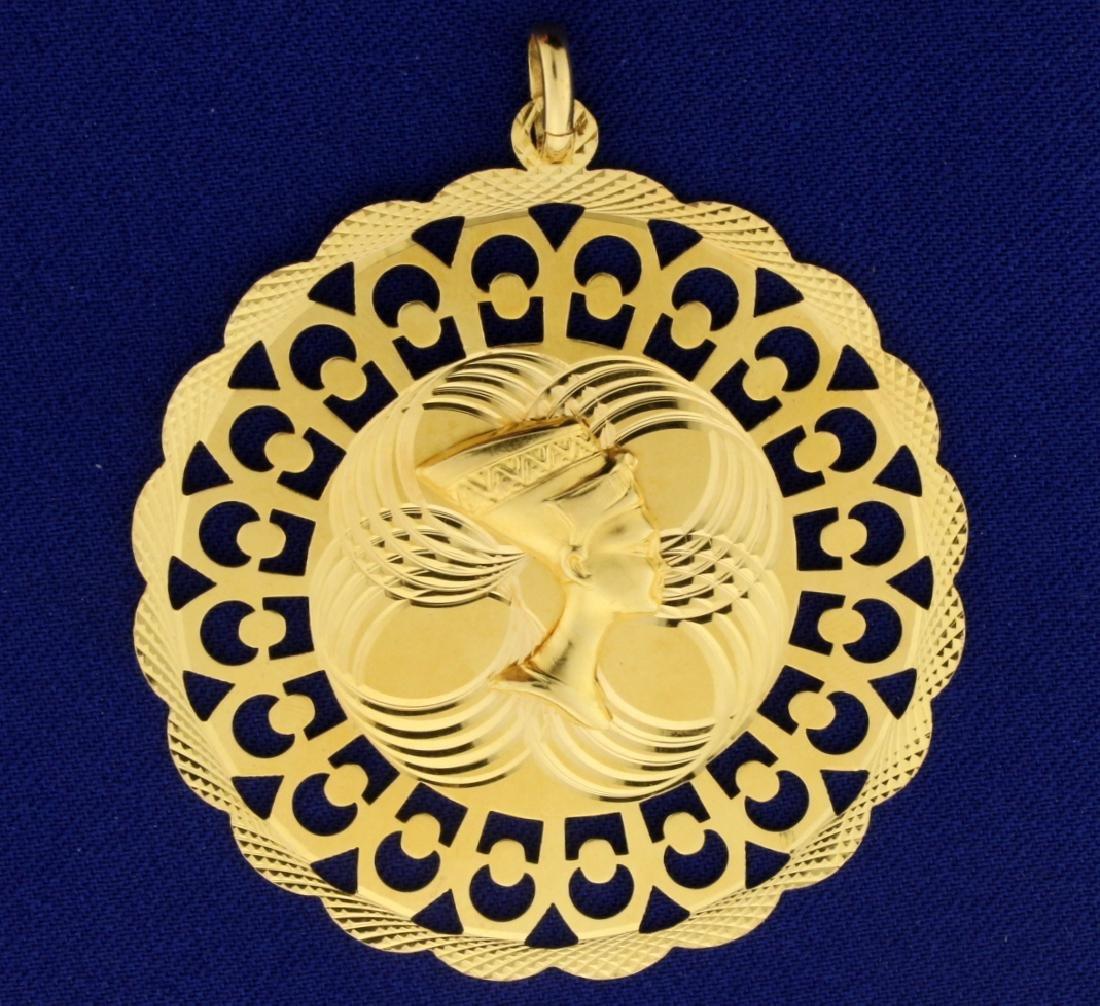 Nefertiti Egyptian Queen Pendant in 18k Gold
