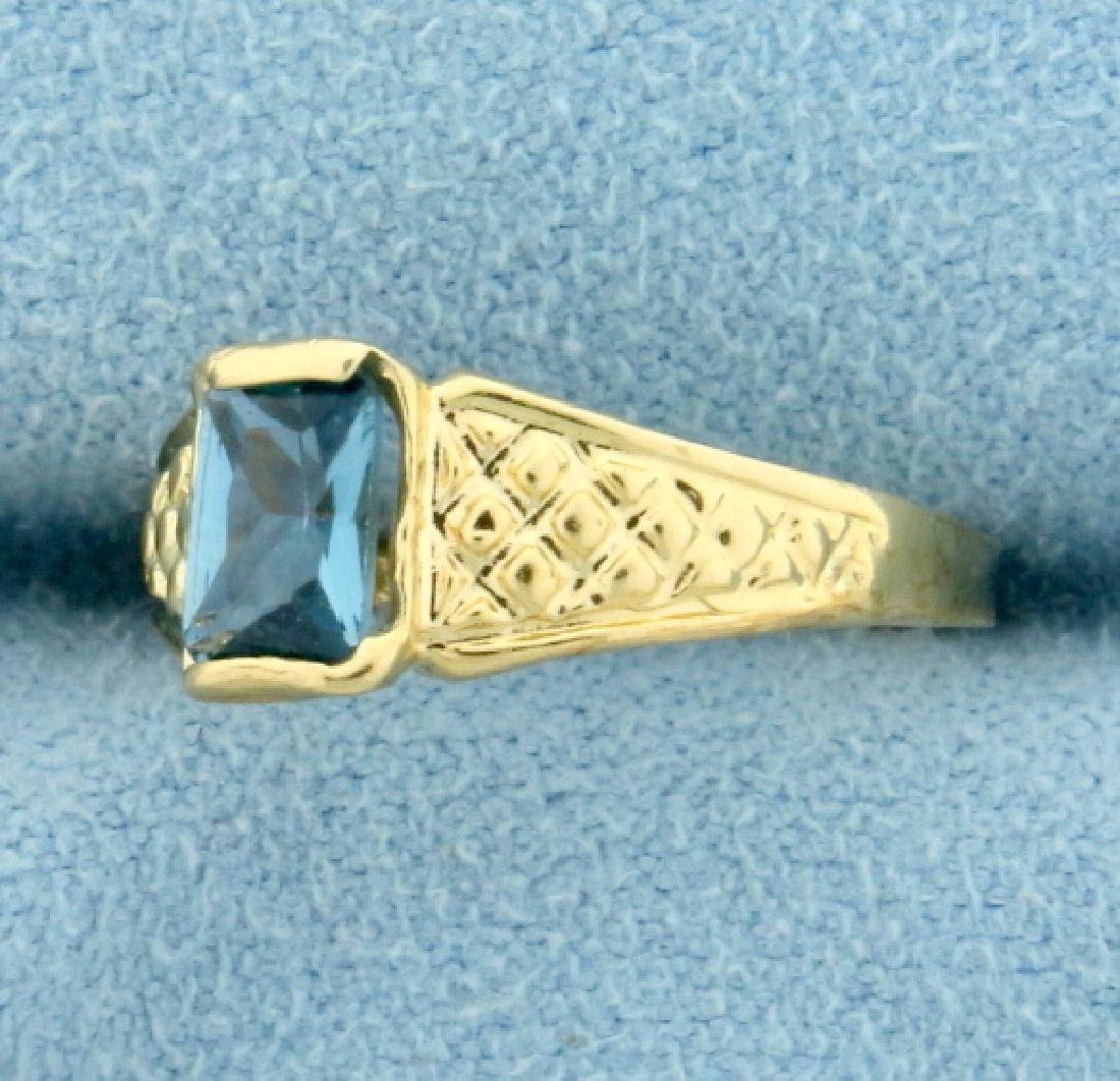 Antique Blue Spinel Ring in 14K Yellow Gold - 2