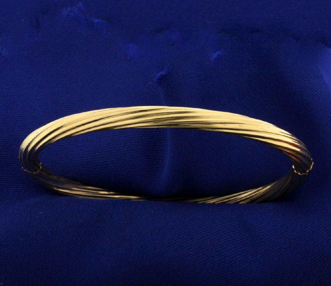 18k Gold Twisting Bangle Bracelet